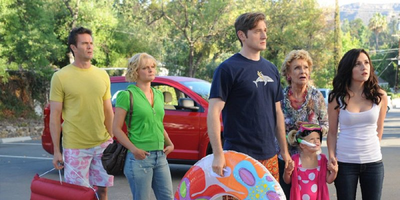 Raising Hope tv sitcom episodes guide on Comedy Series Info