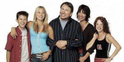 8 Simple Rules tv sitcom American Comedy Series