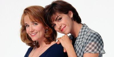 Caroline in the City tv sitcom American Comedy Series